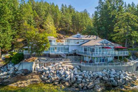 House for sale at 11113 Sunshine Coast Hy Madeira Park British Columbia - MLS: R2399302