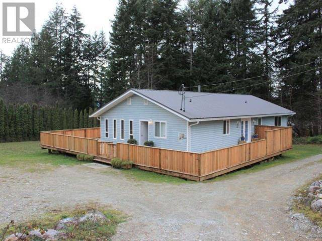 House for sale at 11121 Neave Rd Powell River British Columbia - MLS: 14412