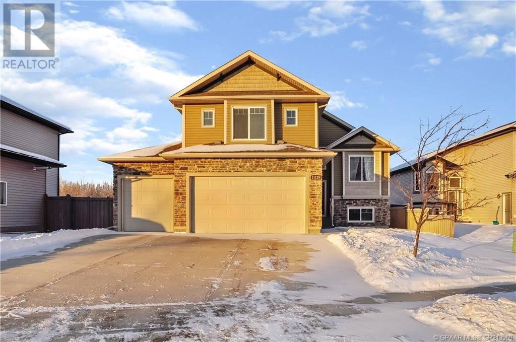 House for sale at 11126 60 Avenue Court Grande Prairie Alberta - MLS: GP213588
