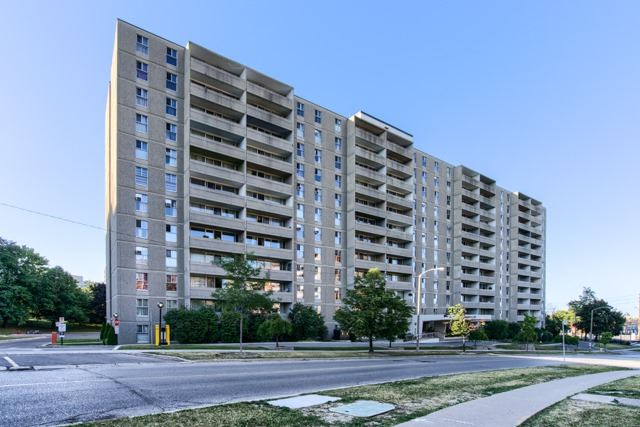 Sold: 1113 - 2 Glamorgan Avenue, Toronto, ON