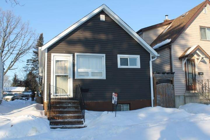 House for sale at 1113 Edward St S Thunder Bay Ontario - MLS: TB200275