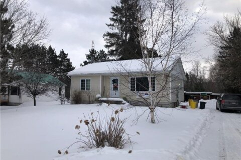 House for sale at 11132 Round Lake Rd Pembroke Ontario - MLS: 1218174