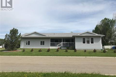 House for sale at 1114 6 Avenue West  Beaverlodge Alberta - MLS: GP206024