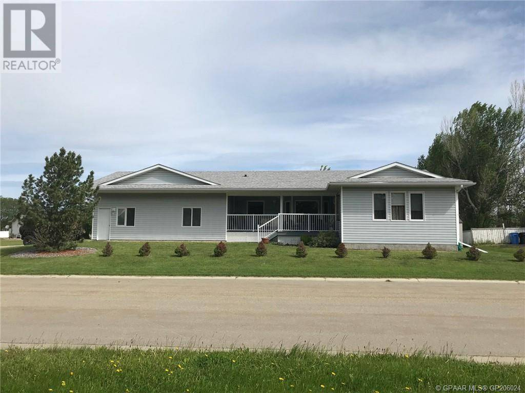 House for sale at 1114 6 Avenue West  Beaverlodge Alberta - MLS: GP206024