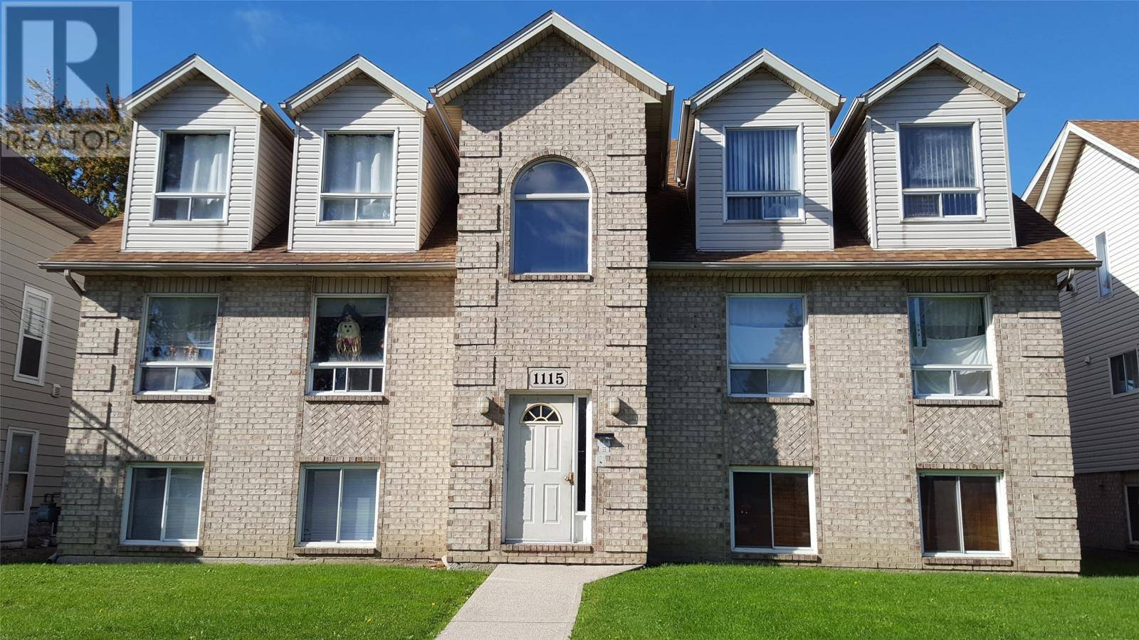 Townhouse for sale at 1115 Howard  Windsor Ontario - MLS: 19026436