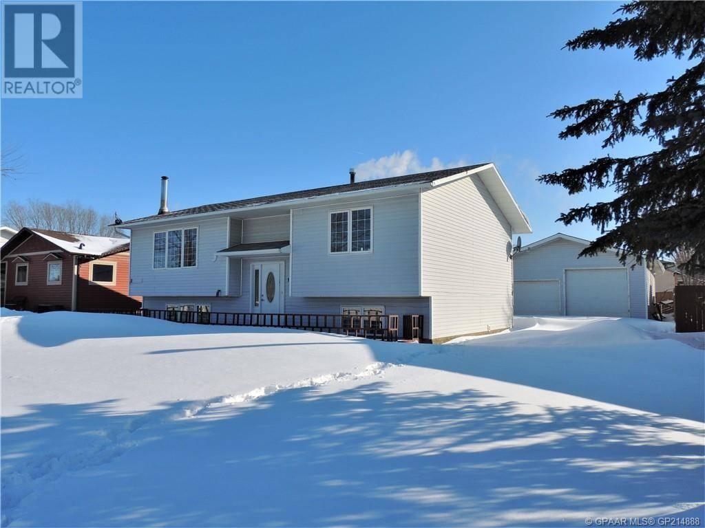 House for sale at 1118 7 Avenue Court West Beaverlodge Alberta - MLS: GP214888