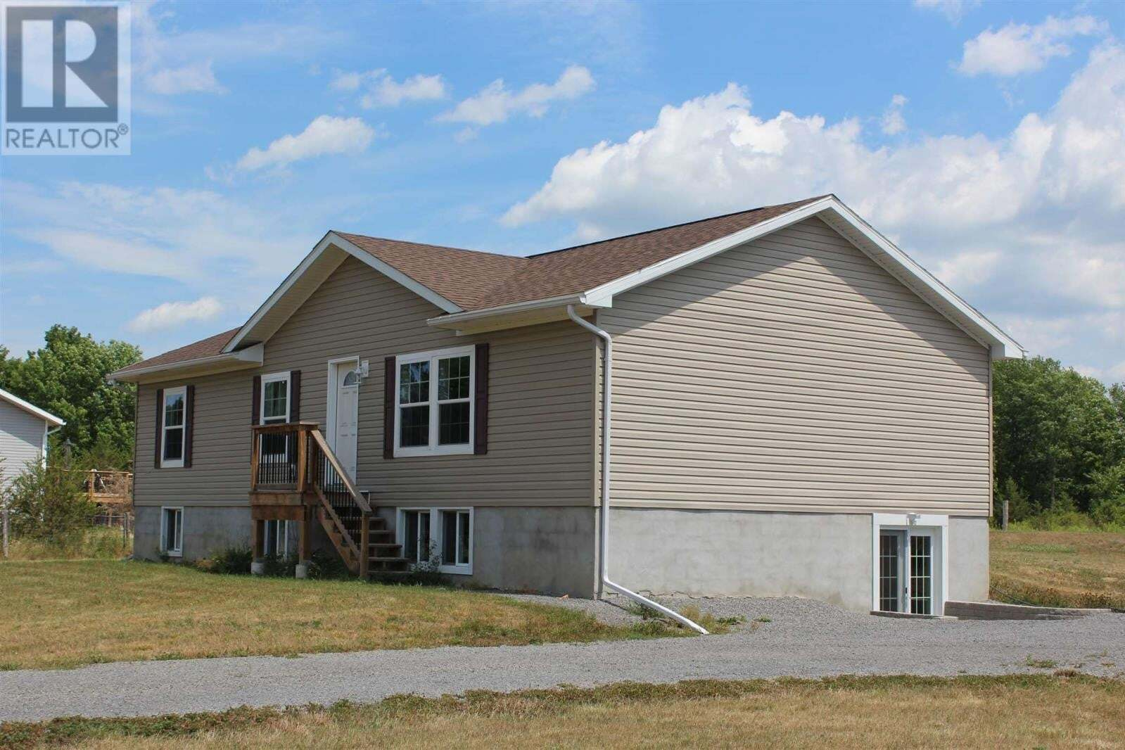 House for sale at 1118 Mary Moore Rd South Frontenac Ontario - MLS: K20004544