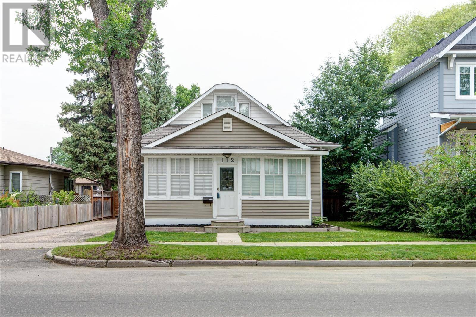House for sale at 112 112th St W Saskatoon Saskatchewan - MLS: SK779722