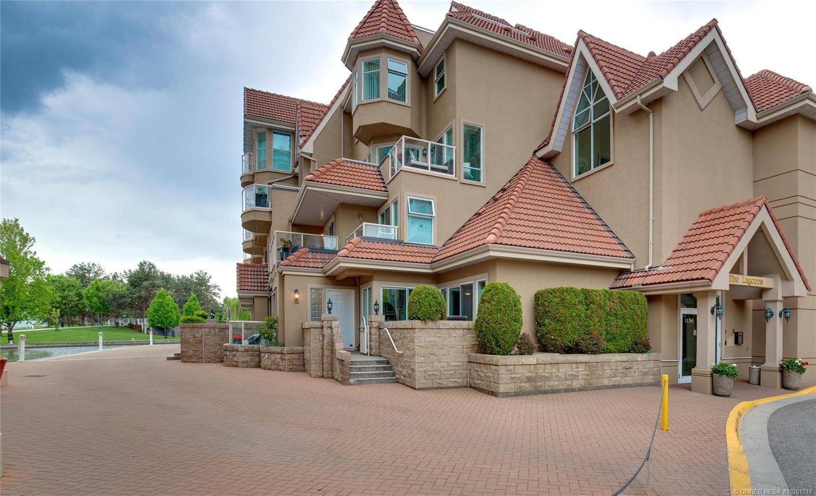 Townhouse for sale at 1156 Sunset Dr Unit 112 Kelowna British Columbia - MLS: 10201718