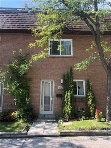 Buliding: 275 Manse Road, Toronto, ON