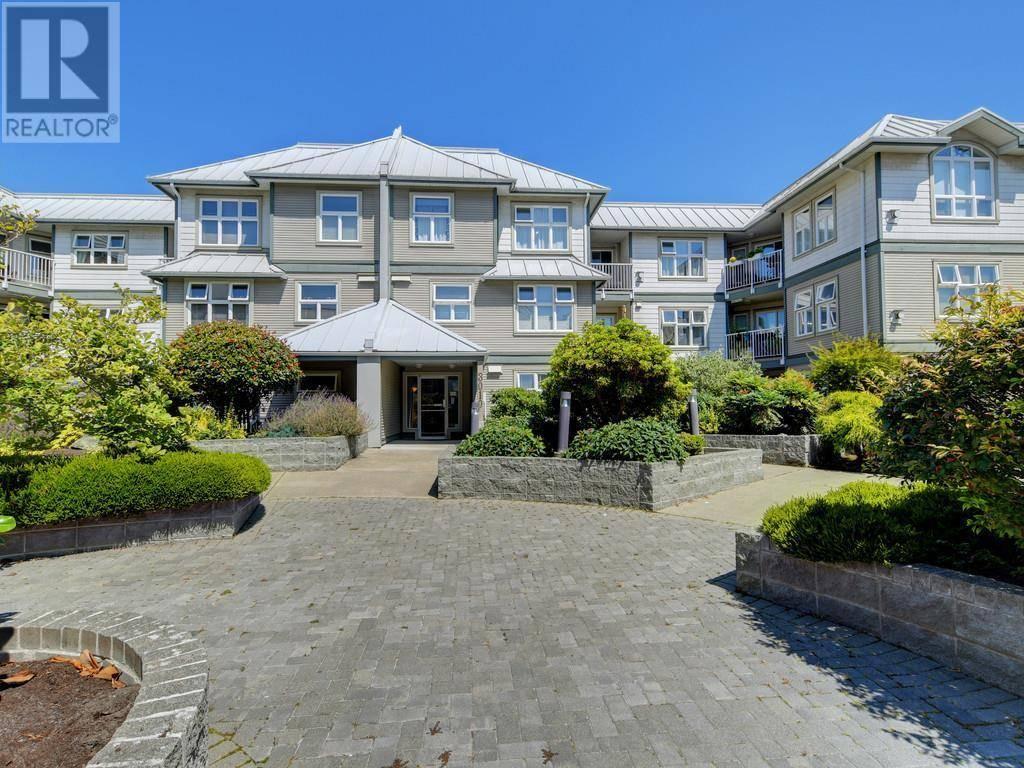 Condo for sale at 3010 Washington Ave Unit 112 Victoria British Columbia - MLS: 414632