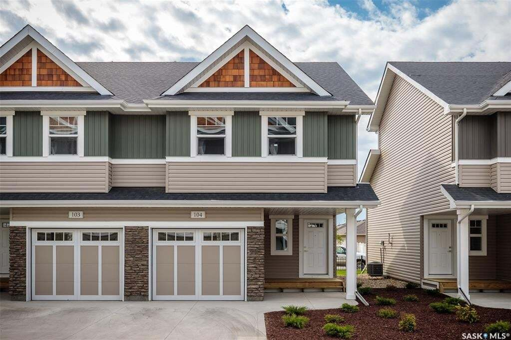 House for sale at 315 Dickson Cres Unit 112 Saskatoon Saskatchewan - MLS: SK814334