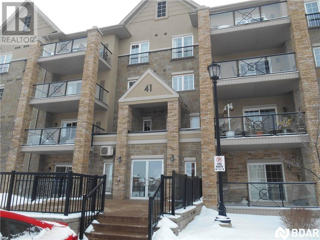 112 - 41 Ferndale Drive South, Barrie | Image 1
