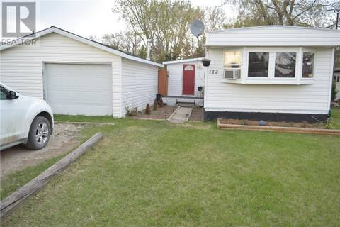 Home for sale at 112 5a St S Wakaw Saskatchewan - MLS: SK767414