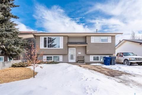 House for sale at 112 5th Ave N Warman Saskatchewan - MLS: SK803258
