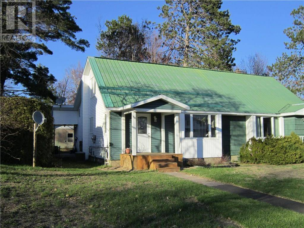 House for sale at 112 Algonquin St Deep River Ontario - MLS: 1184460