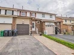 Townhouse for sale at 112 Ashurst Cres Brampton Ontario - MLS: W4454127
