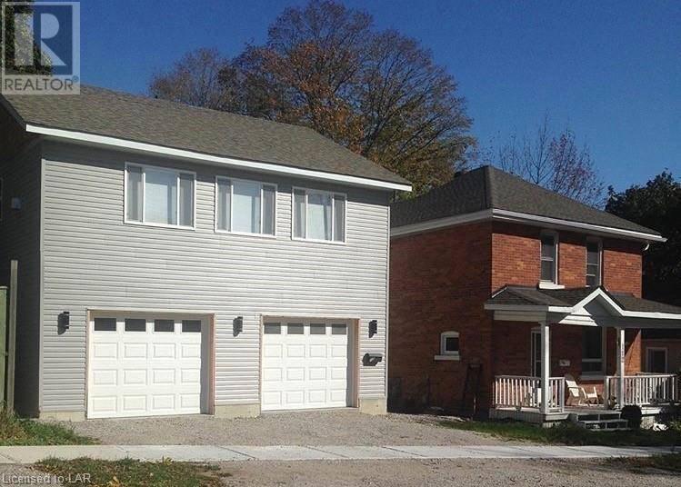 Townhouse for sale at 112 Douglas St Orillia Ontario - MLS: 227868