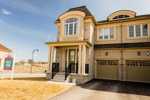 Townhouse for sale at 112 Forest Edge Cres East Gwillimbury Ontario - MLS: N4409187