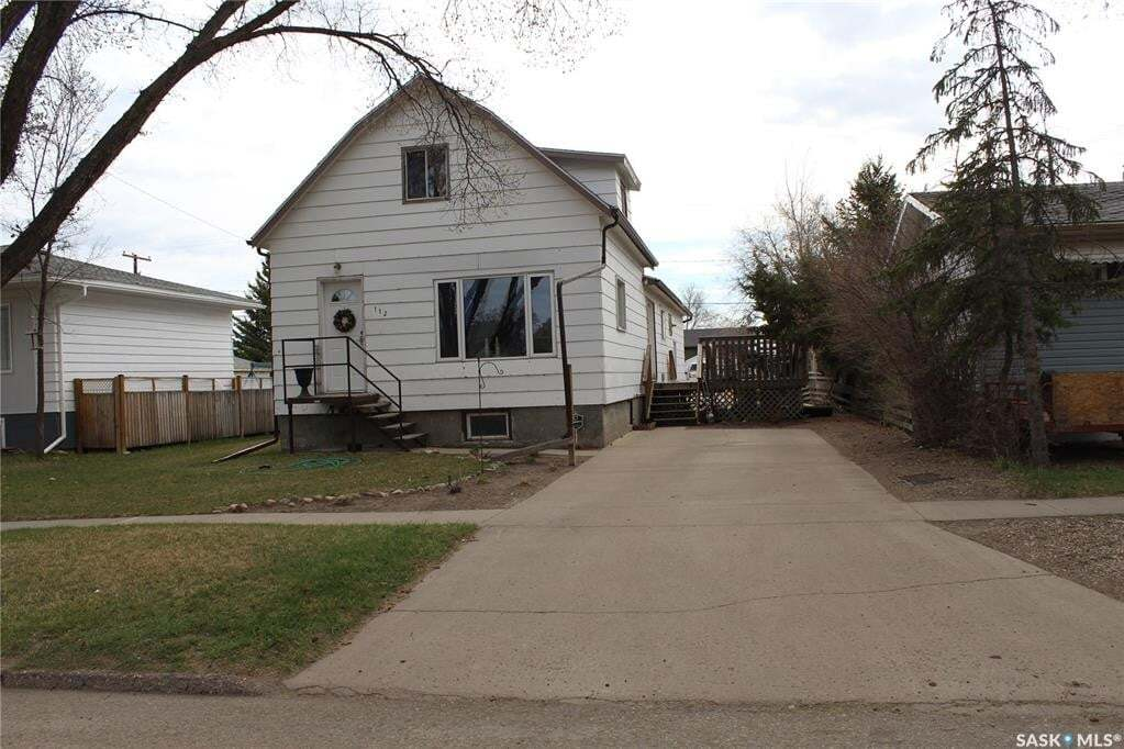 House for sale at 112 Herbert St Maple Creek Saskatchewan - MLS: SK813222