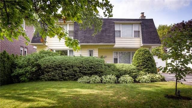 Sold: 112 Hillview Road, Aurora, ON