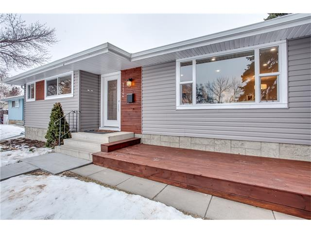 Sold: 112 Huntcroft Way Northeast, Calgary, AB
