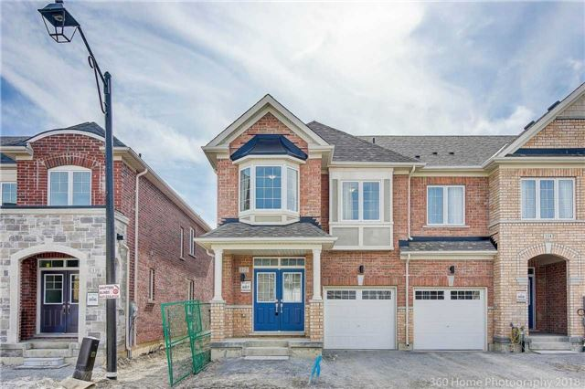 For Sale: 112 Maguire Road, Newmarket, ON   4 Bed, 3 Bath Townhouse for $685,000. See 18 photos!