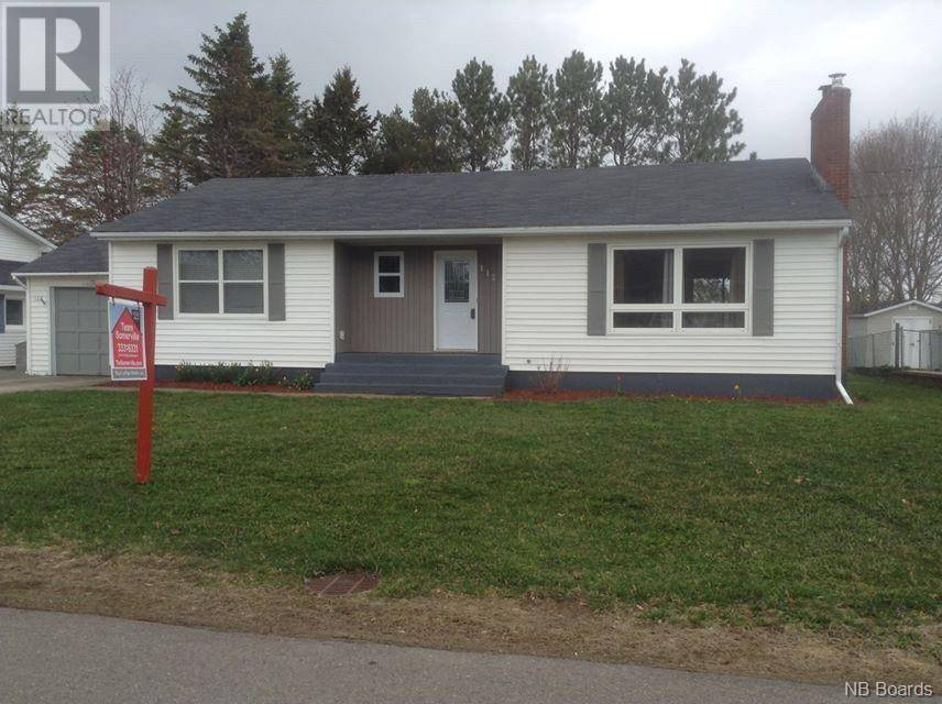 House for sale at 112 Summit Ave Sussex New Brunswick - MLS: NB041108