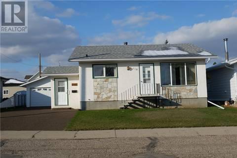 House for sale at 112 Sunset Dr Assiniboia Saskatchewan - MLS: SK789346