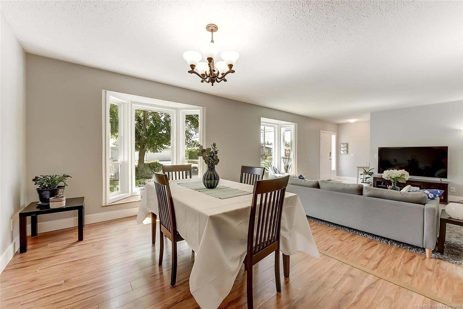 House for sale at 1120 Tataryn Rd Kelowna British Columbia - MLS: 10215416