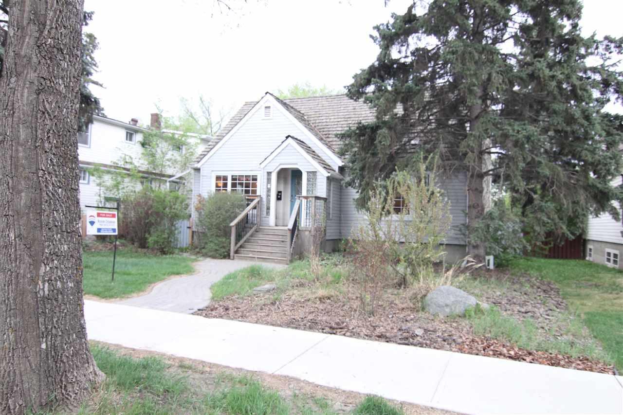 For Sale: 75 11207 75 Av Av North West, Edmonton, AB | 4 Bed, 2 Bath House for $649,900. See 30 photos!