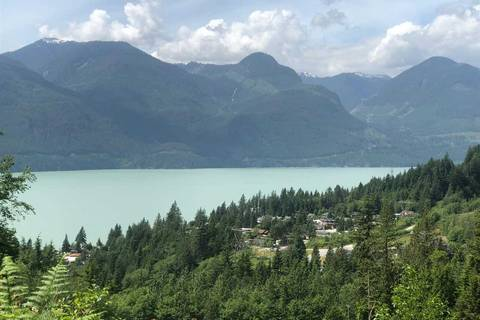 Residential property for sale at 1121 Copper Dr Squamish British Columbia - MLS: R2376852