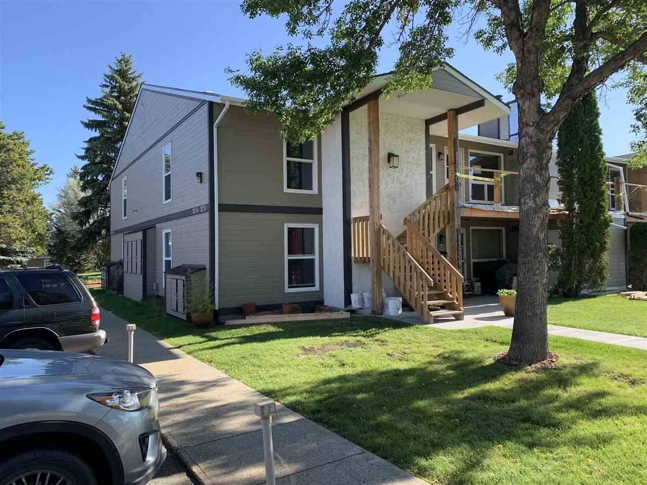 Townhouse for sale at 11210 18 Ave Nw Edmonton Alberta - MLS: E4174432