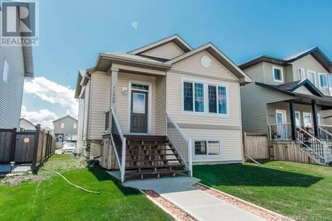 House for sale at 11229 76 Ave Grande Prairie Alberta - MLS: GP206166
