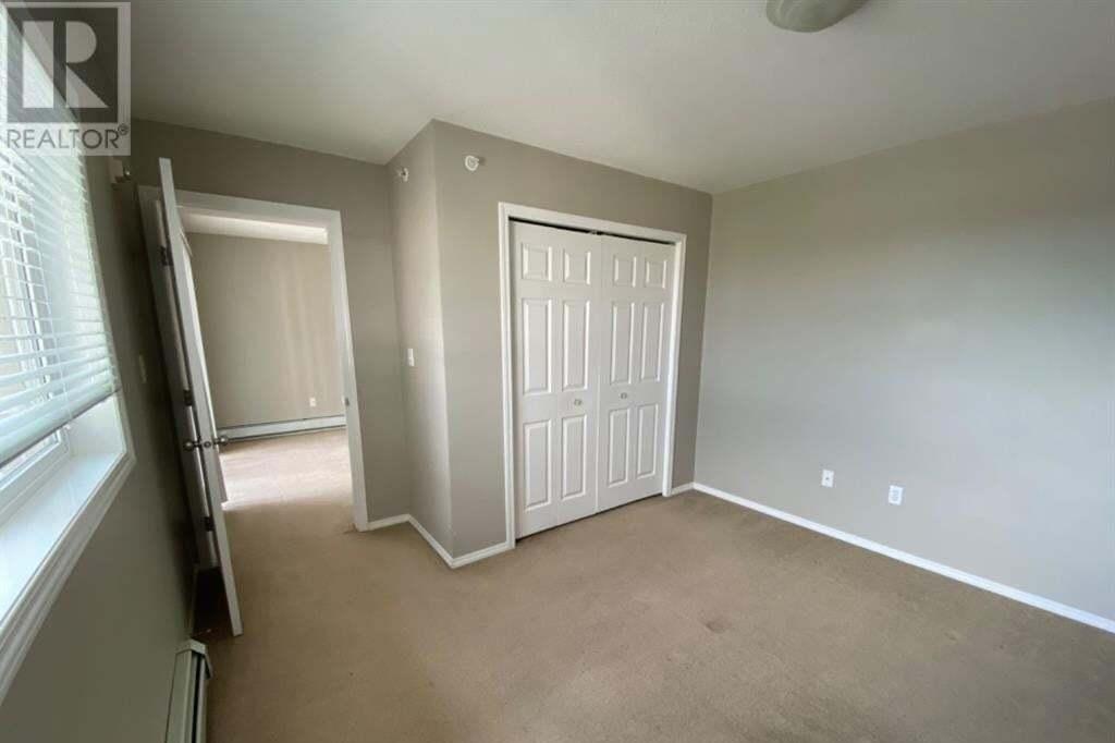 Condo for sale at 11230 104 Ave Grande Prairie Alberta - MLS: GP214386