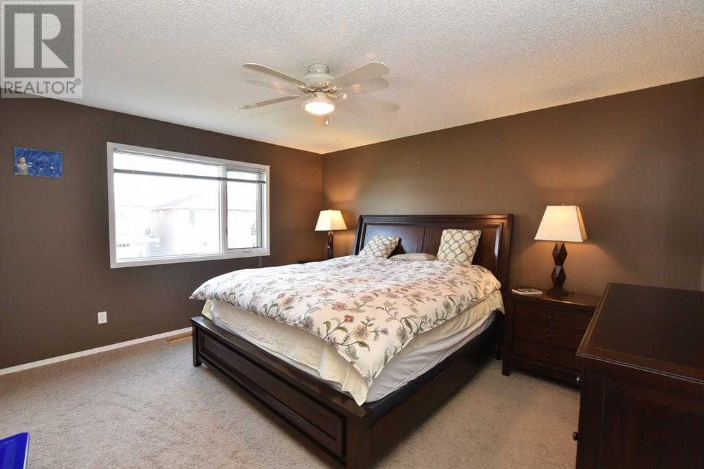 For Sale: 11230 Wascana Mdws, Regina, SK | 4 Bed, 4 Bath Home for $528,000. See 46 photos!