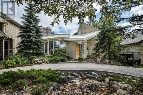 House for sale at 1124 King Cres Saskatoon Saskatchewan - MLS: SK803940