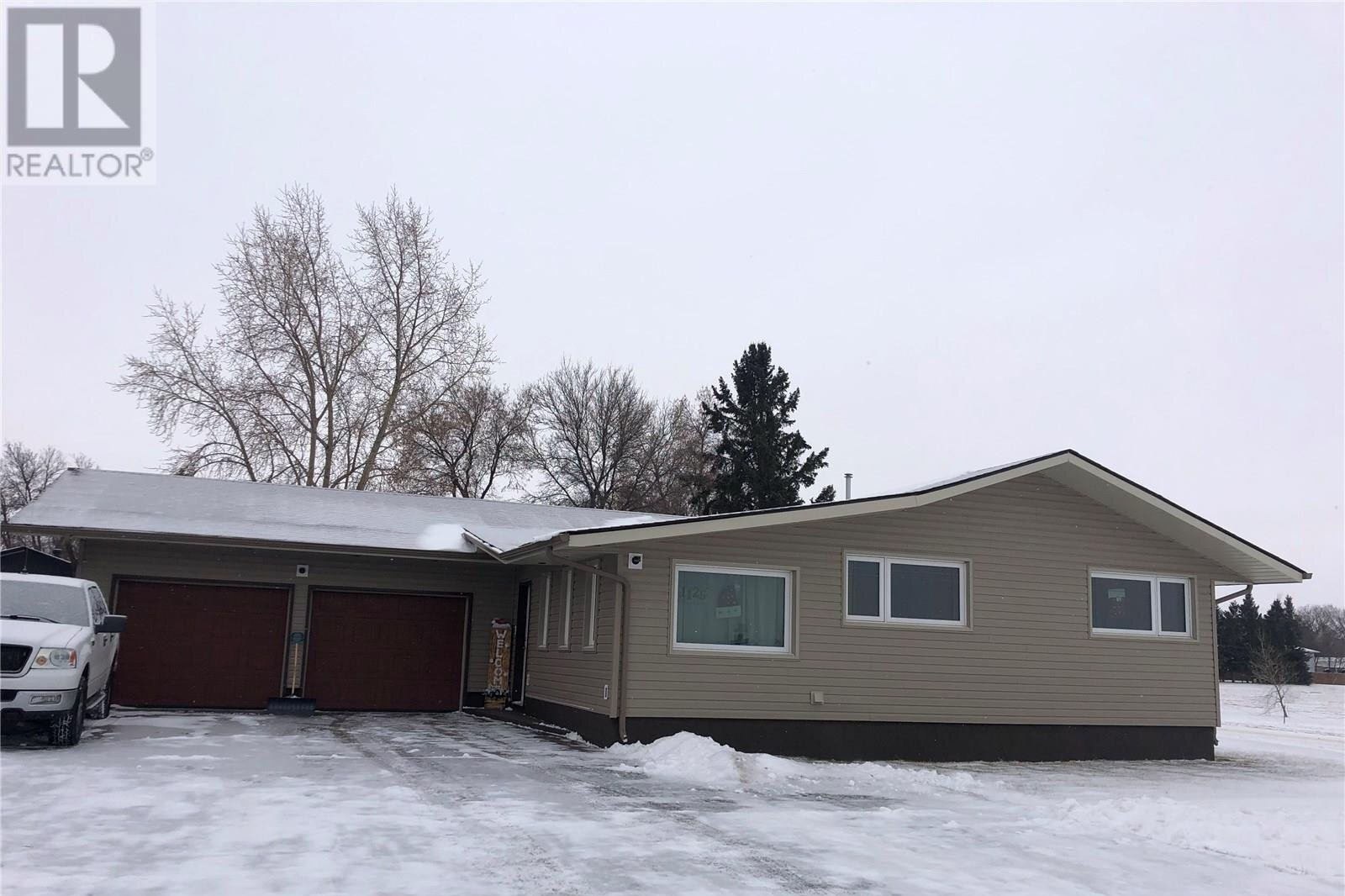 House for sale at 1125 Corning Ave Esterhazy Saskatchewan - MLS: SK827988