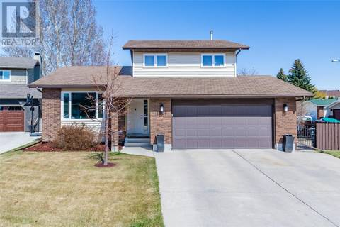 House for sale at 1126 Emerald Wy Saskatoon Saskatchewan - MLS: SK770648