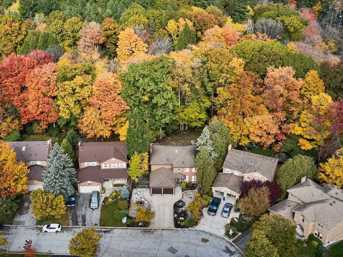 For Sale: 1126 Timber Court, Pickering, ON | 4 Bed, 4 Bath House for $1379900.00. See 40 photos!