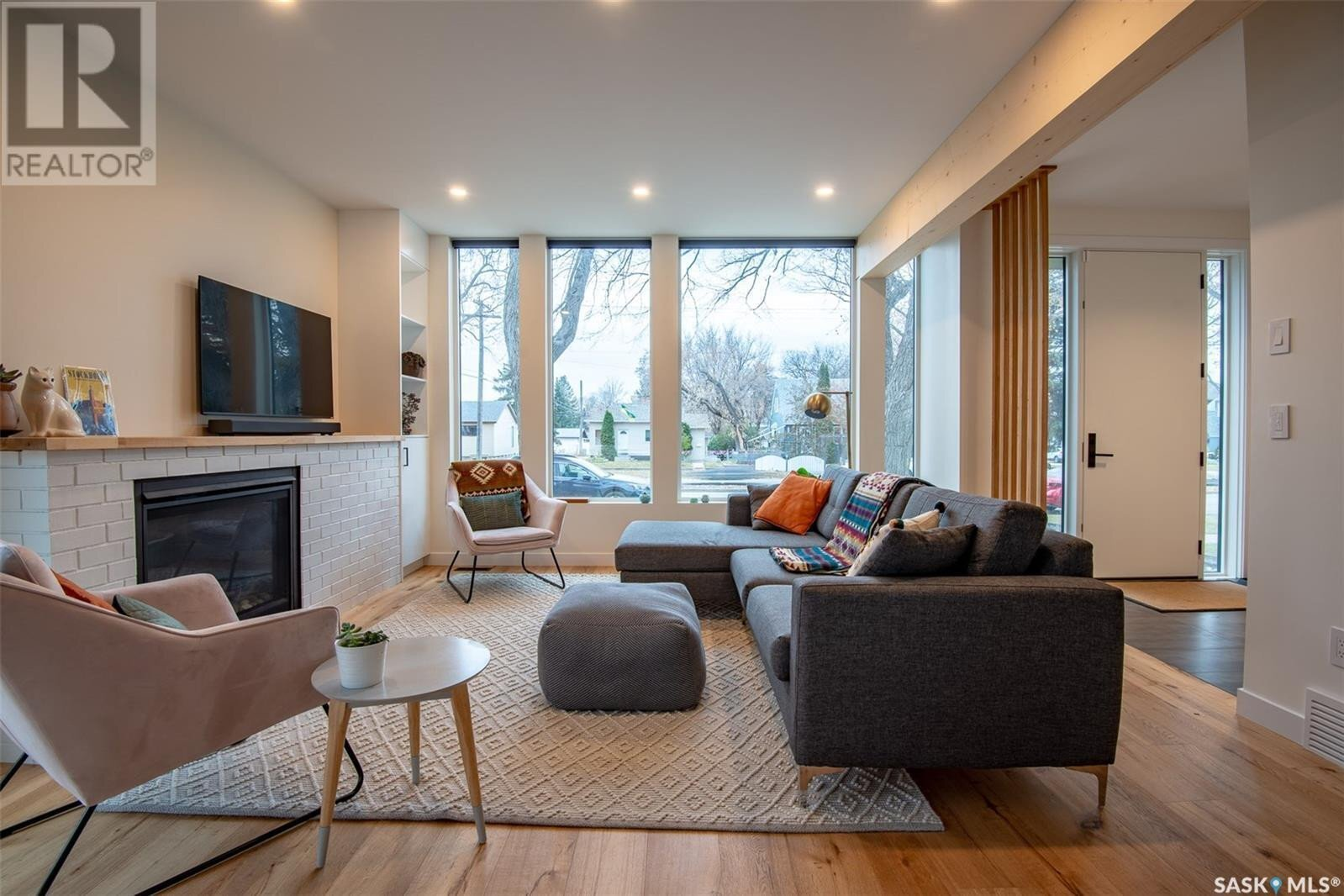 House for sale at 1127 13th St E Saskatoon Saskatchewan - MLS: SK839255