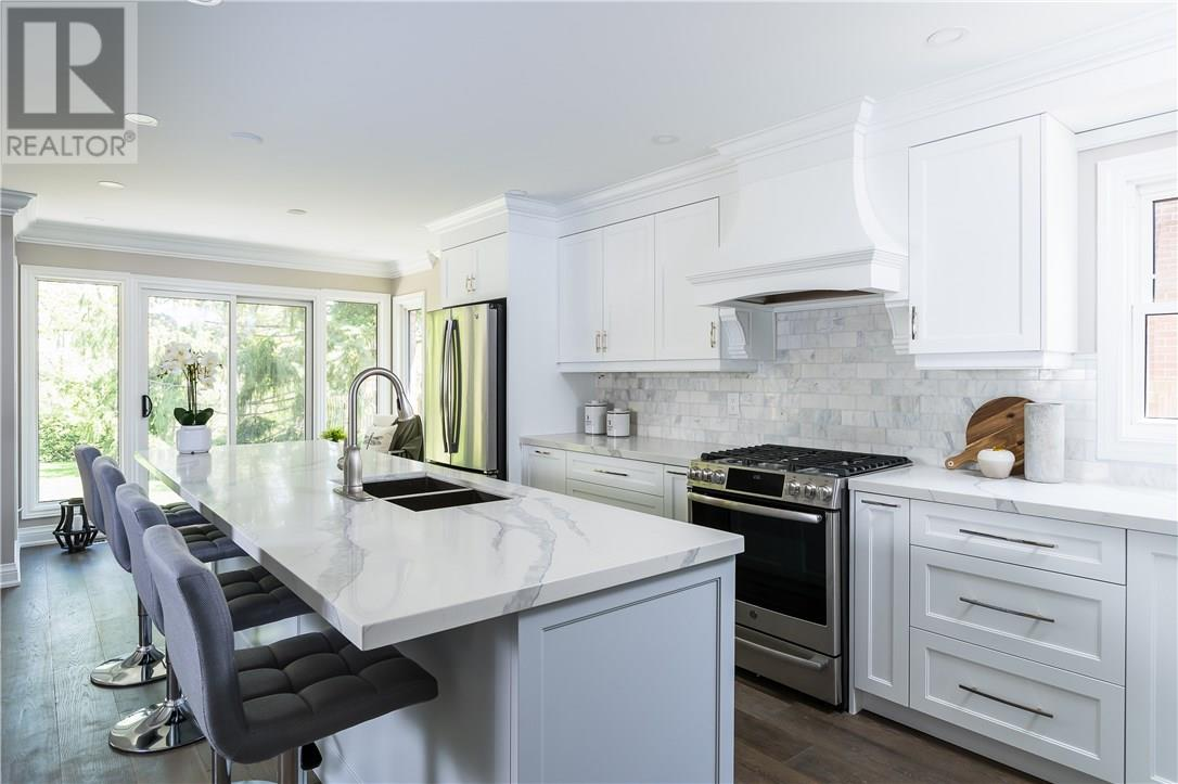 For Sale: 1127 Mayfair Road, Oakville, ON | 4 Bed, 4 Bath House for $1,449,000. See 31 photos!