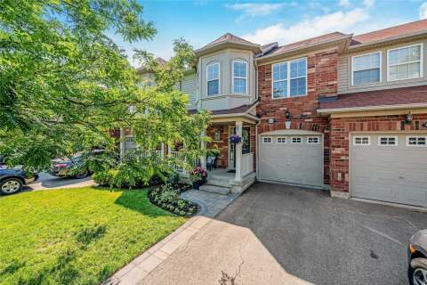 Townhouse for sale at 1127 Riddell Cres Milton Ontario - MLS: W4820136