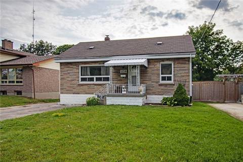 Townhouse for sale at 1128 Byron St Whitby Ontario - MLS: E4553461