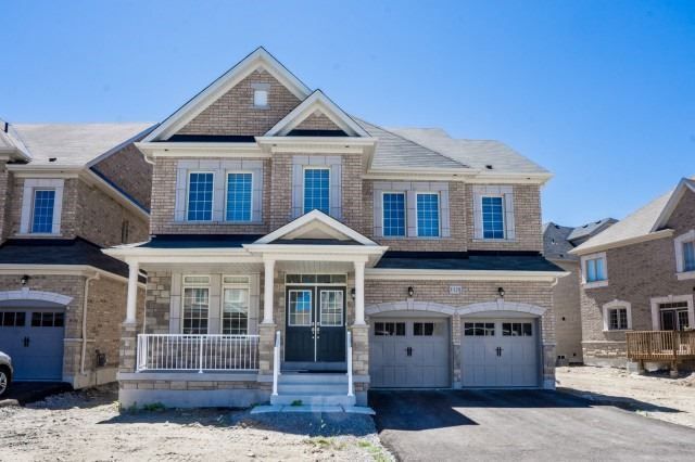 For Sale: 1129 Grainger Trail, Newmarket, ON | 5 Bed, 5 Bath House for $1,288,000. See 20 photos!