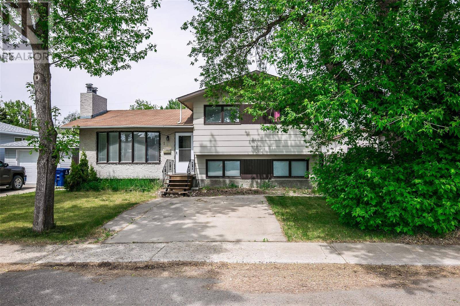 House for sale at 113 3rd St E Langham Saskatchewan - MLS: SK774297