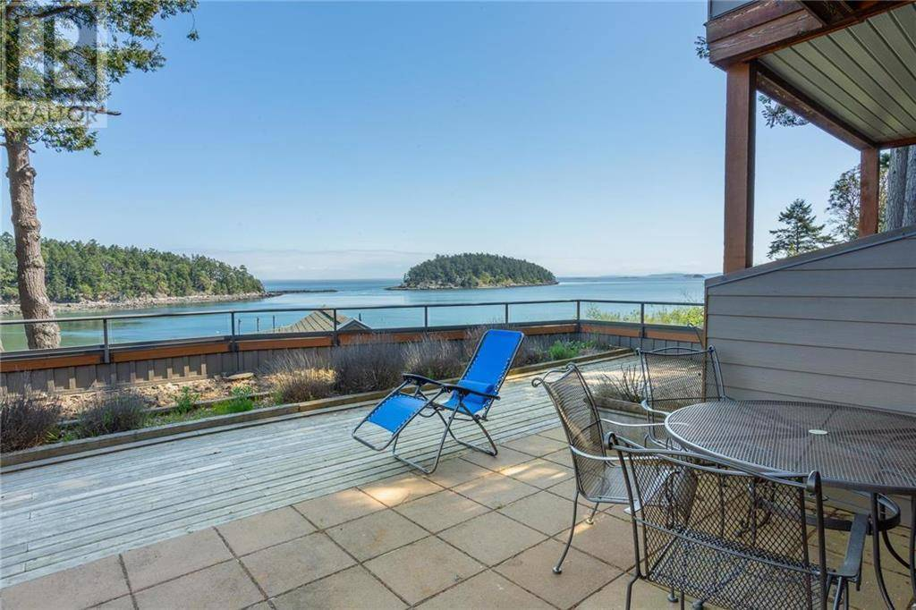 Townhouse for sale at 494 Arbutus Dr Unit 113 Mayne Island British Columbia - MLS: 392623