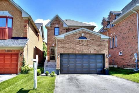 House for sale at 113 Deerglen Terr Aurora Ontario - MLS: N4412093