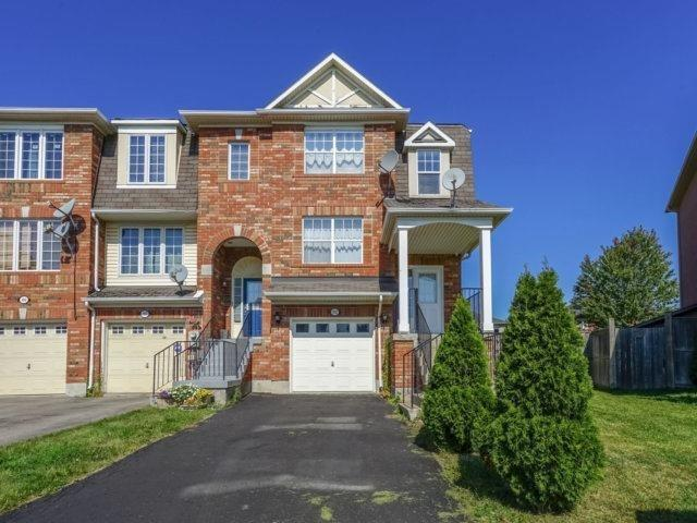Sold: 113 Dunlop Court, Brampton, ON
