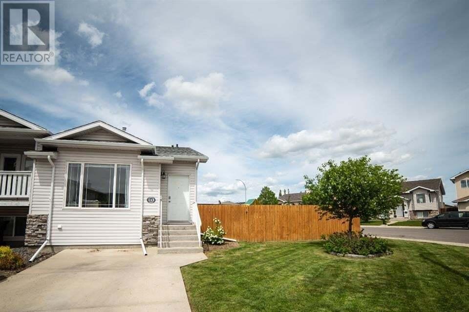 Townhouse for sale at 113 Kodiak Cres North Lethbridge Alberta - MLS: A1002869